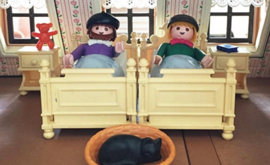 Playmobil-ventjes in bed