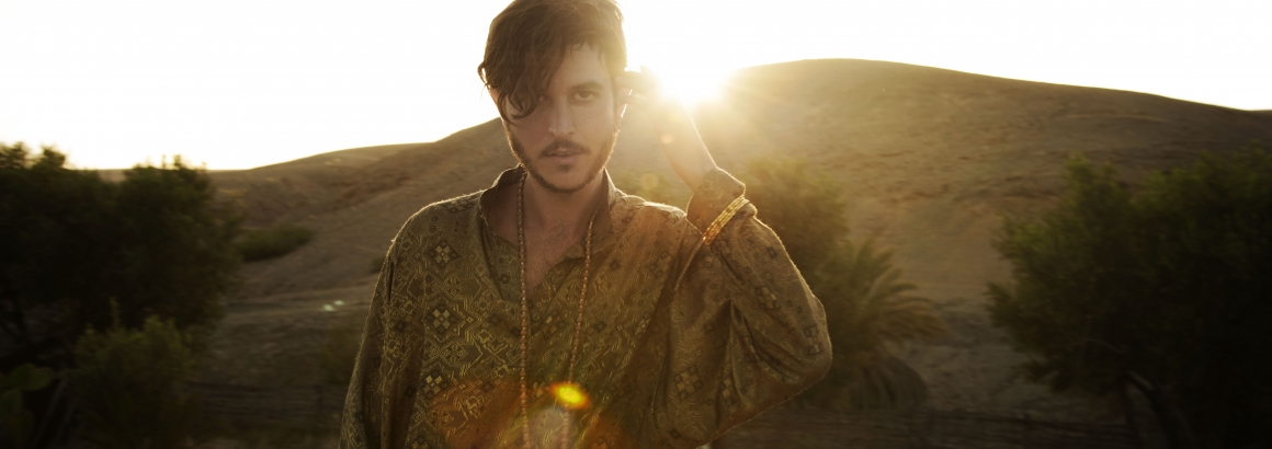 Max Colombie van Oscar and the Wolf