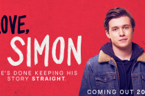 Promobeeld Love, Simon met een close up van Simon